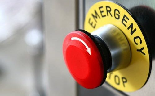 Emergency stop button following ISO 13850:2015