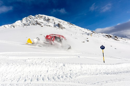 ISO 5700:2013-compliant snowcat