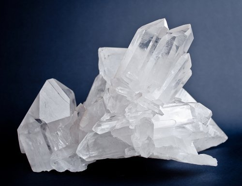 Synthetic Quartz Crystal Specification IEC 60758
