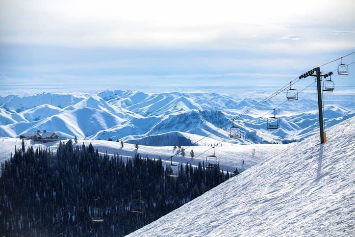 A ski lift that follows ANSI B77.1-2017