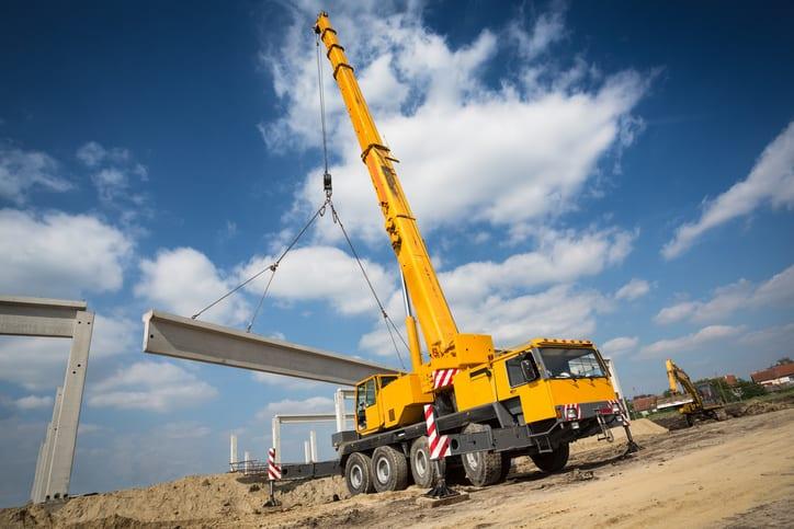 Locomotive crane, Heavy Equipment Used in Construction