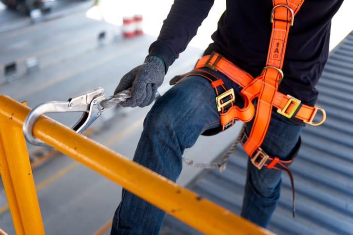 Integrating Load Sensors into Scaffolding for Improving Safety